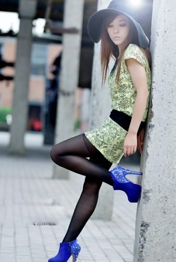 手机壁纸:美腿伊人 (9)